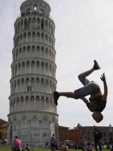 Grappige foto van de Toren van Pisa 2