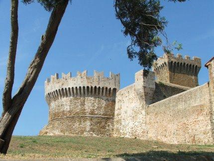 Het fort van Populonia